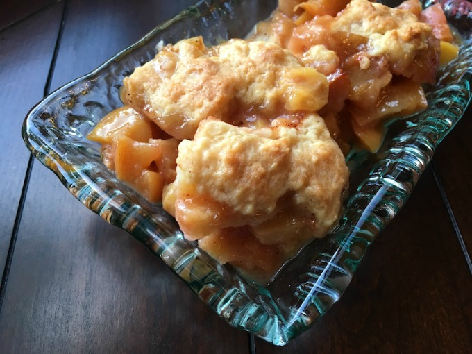 easy Southern peach cobbler recipe