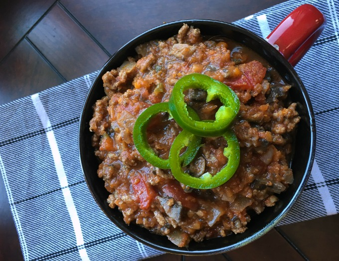 paleo friendly beef chili con carne